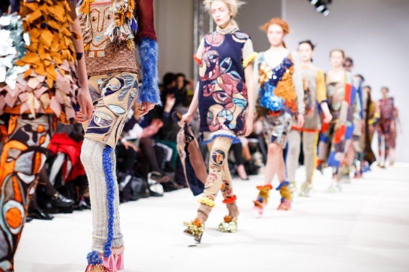 fabric-fashion-show-model-woman